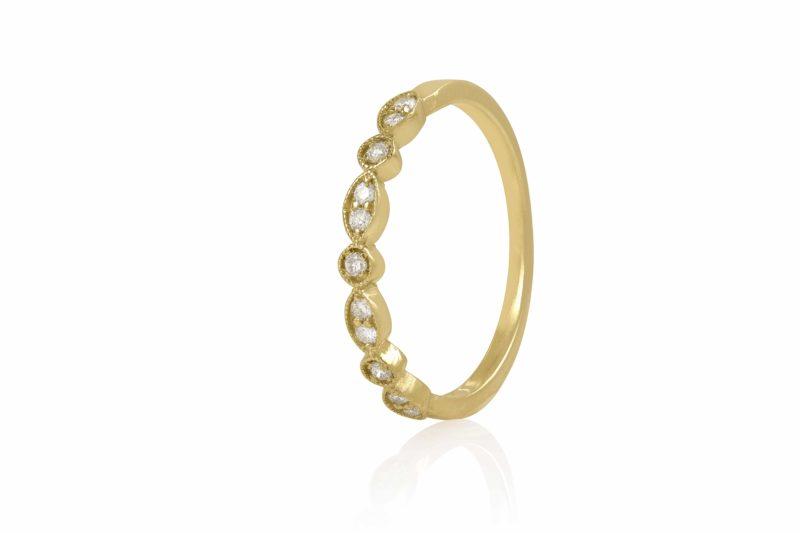 טבעת עלים יהלומים לבנים