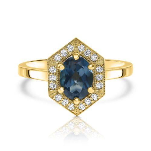 טבעת וינטאג׳ משושה משובצת בלו-טופז טבעי ויהלומים לבנים